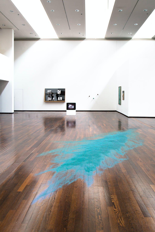 Exhibition view, MAC/VAL, Vitry-sur-Seine - © kamel mennour