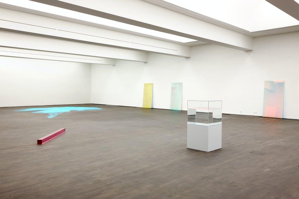 Exhibition view, S.M.A.K, Ghent - © kamel mennour