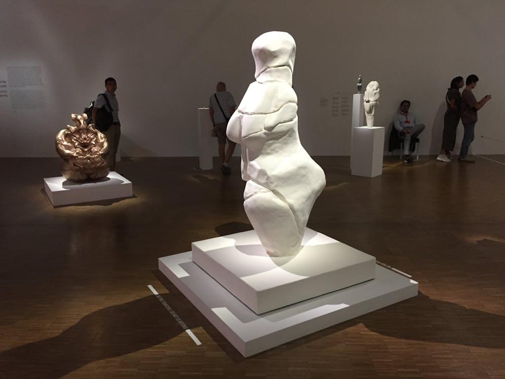 Exhibition view, Centre Pompidou - © kamel mennour