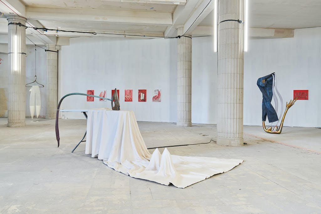 Exhibition view, Liverpool Biennial - © kamel mennour