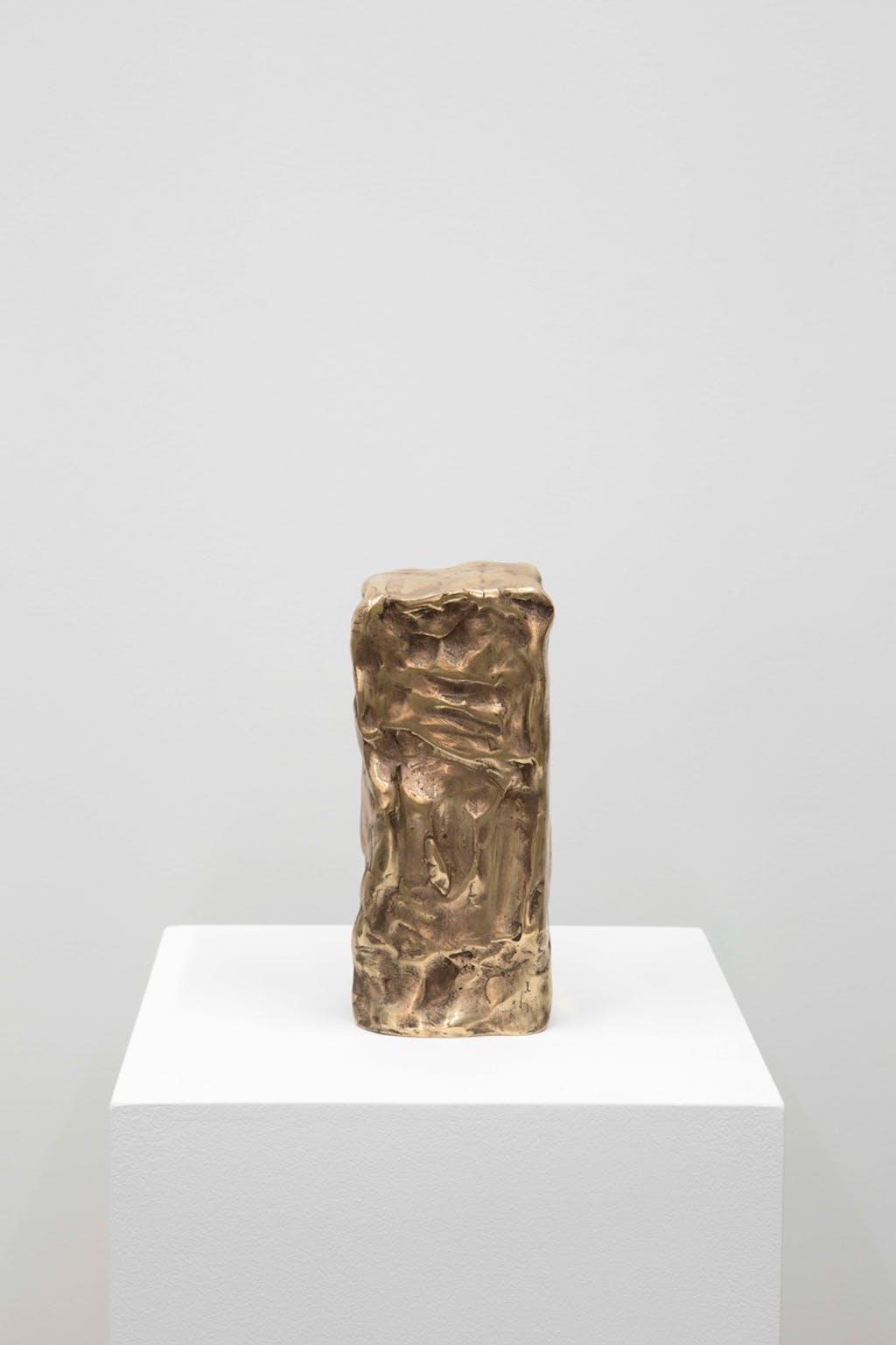"""Reflexologie plantaire (Li Min Khun) (série """"Sculptures Massées"""") - © kamel mennour"""