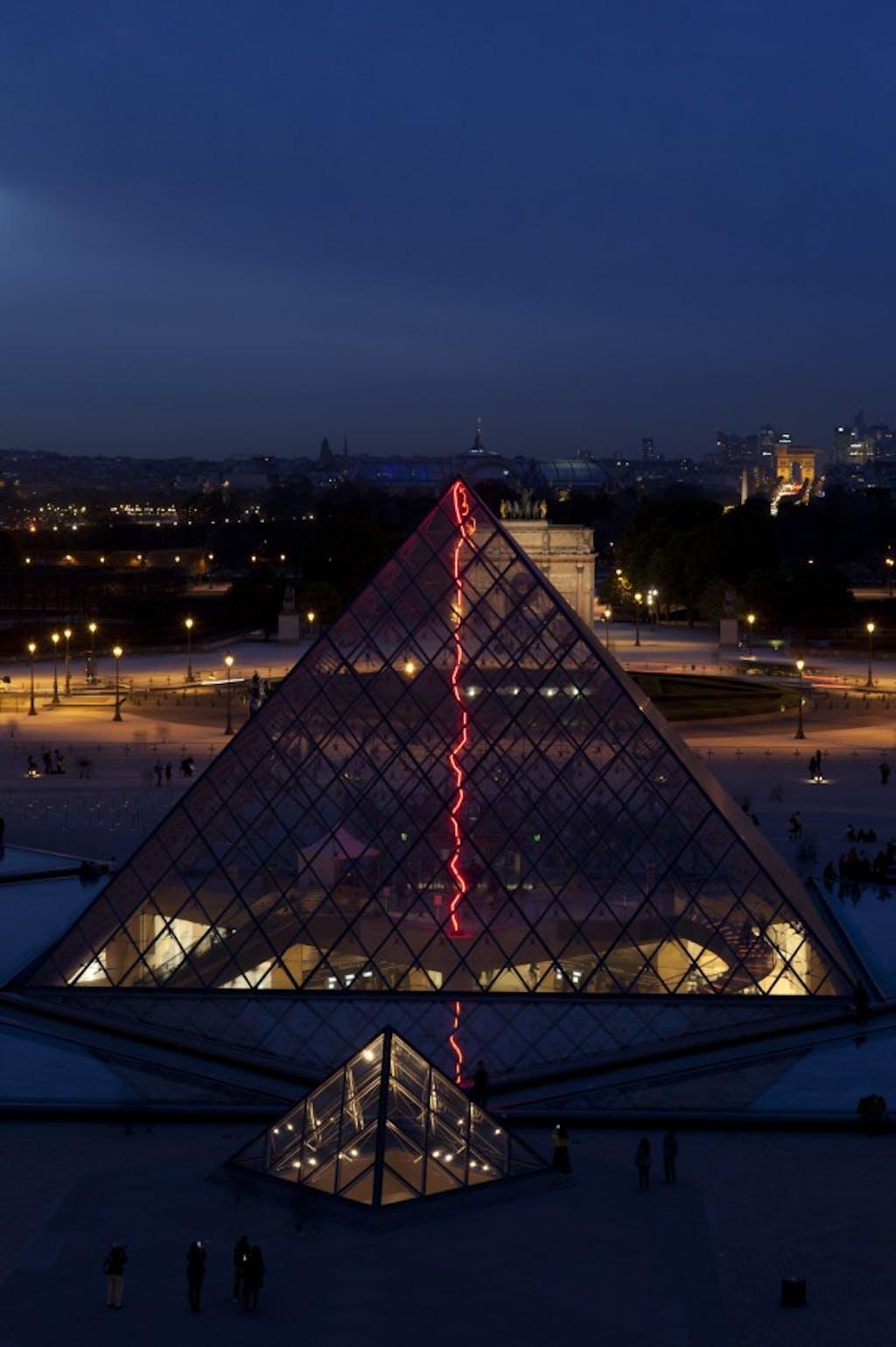 Exhibition view, Musée du Louvre, Paris - © kamel mennour