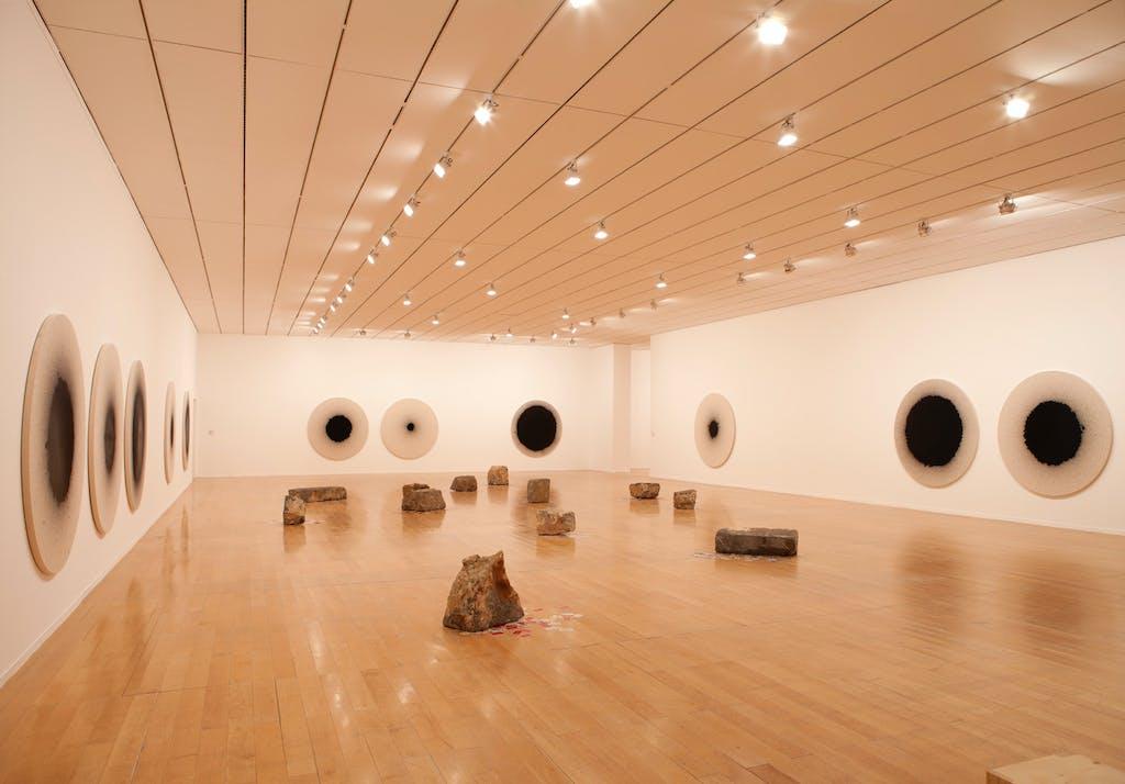 Exhibition view, MAC Lyon - © kamel mennour