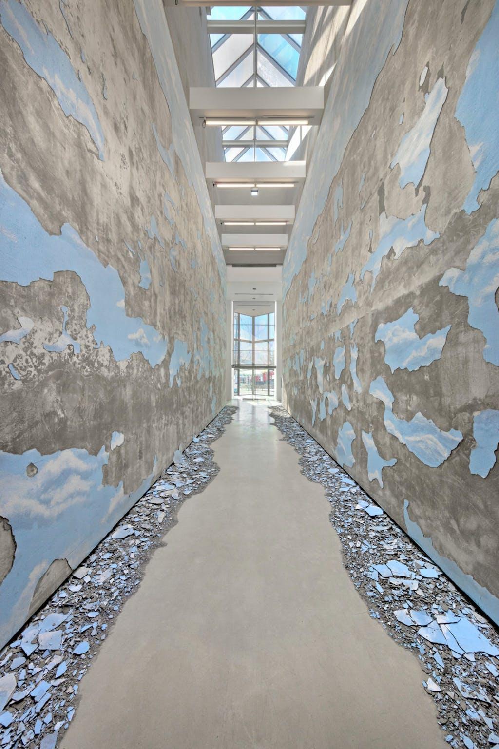 Exhibition view, Powerplant, Toronto - © kamel mennour
