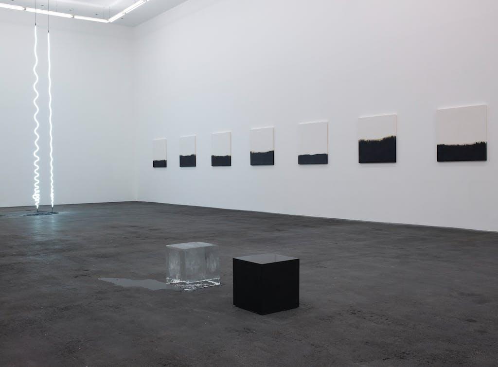 Exhibition view, CRAC Sète - © kamel mennour
