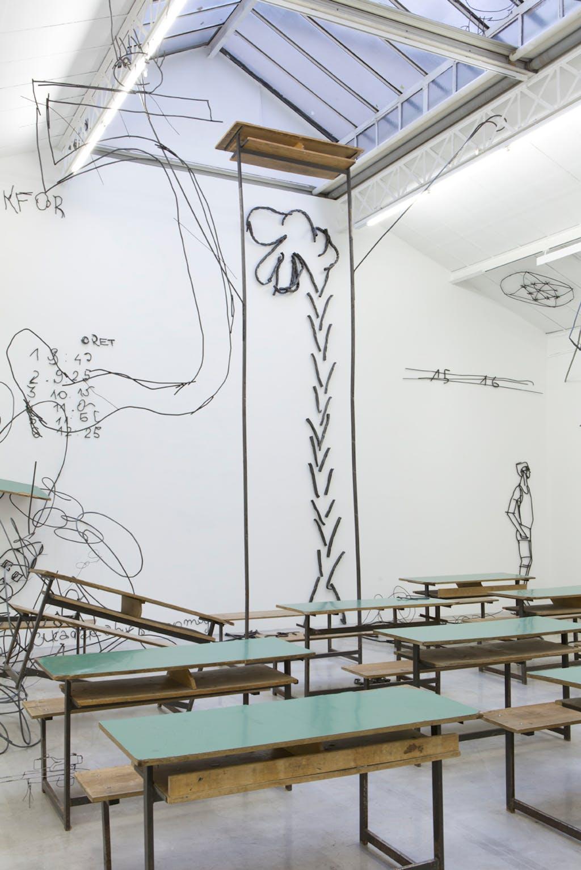 Exhibition view, kamel mennour, Paris - © kamel mennour