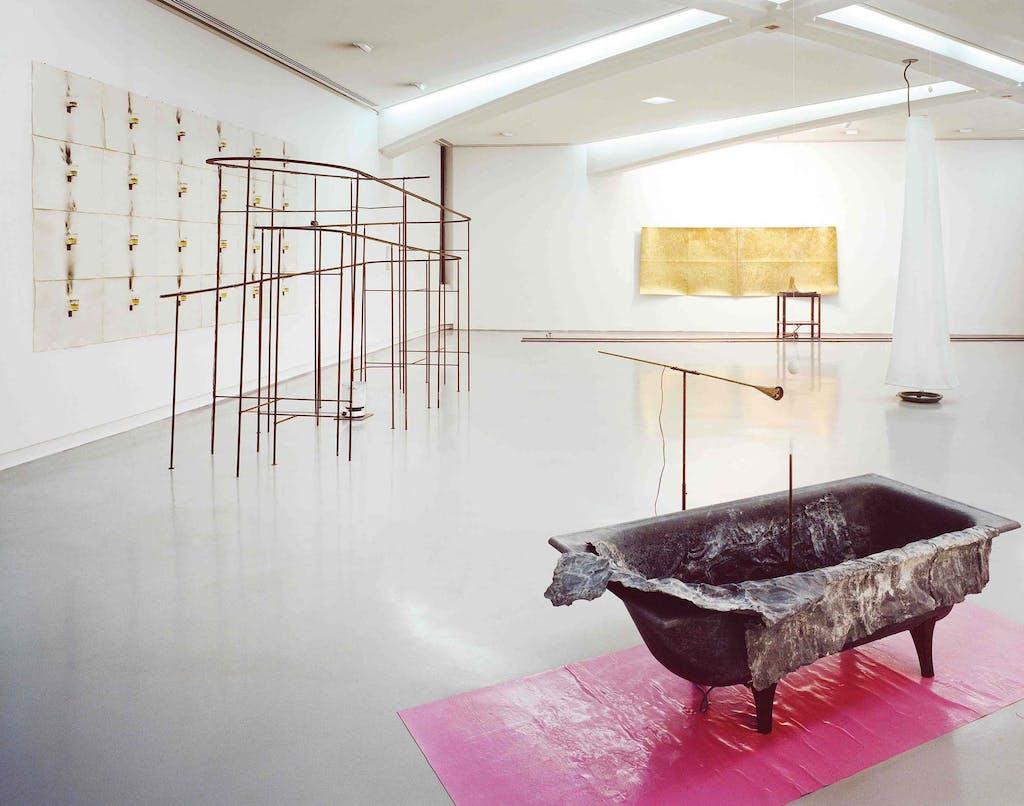 Exhibition view, Musée d'Art Moderne et d'Art Contemporain, Nice - © kamel mennour