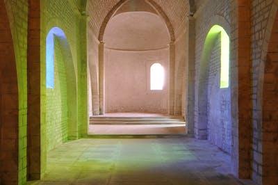 Ann Veronica Janssens -  Chapelle Saint Vincent, Grignan - © kamel mennour