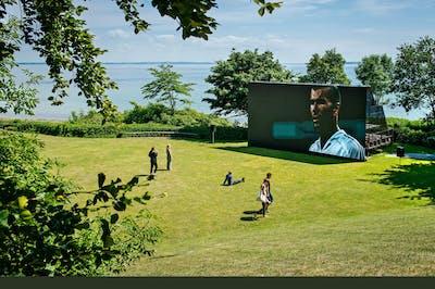 Zidane: A 21st Century Portrait I Outdoor presentation at Louisiana Museum of Modern Art - © kamel mennour
